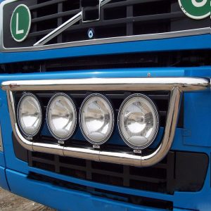 Преден / централен универсален ролбар за всички модели Volvo